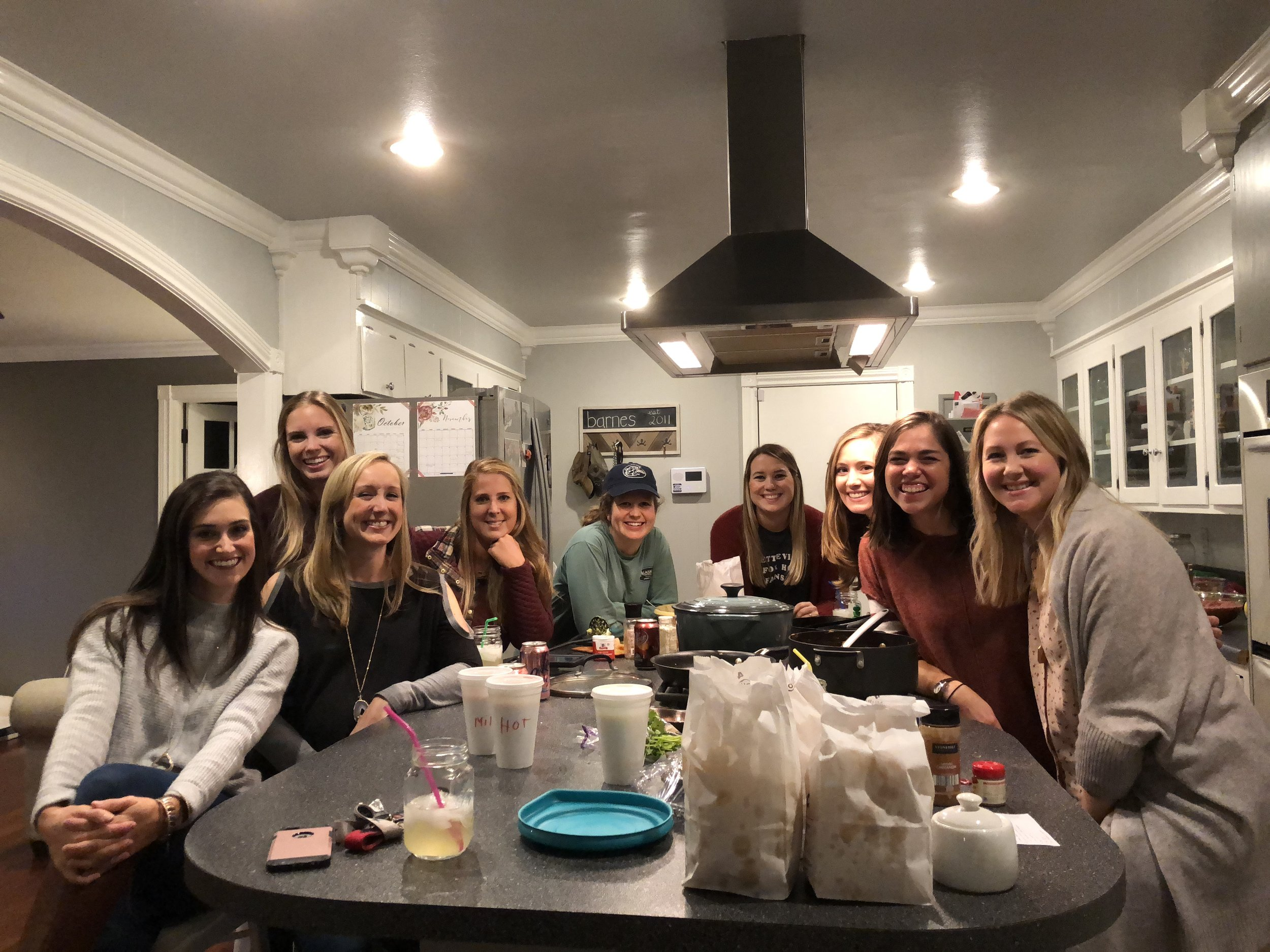We love using our home to gather people together! For her 30th birthday, Sam hosted a girls night with some of her closest friends.