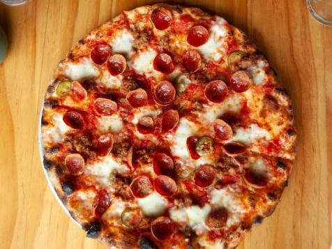 http___cdn.cnn.com_cnnnext_dam_assets_181019121108-09-nyc-pizza---beebes.jpg
