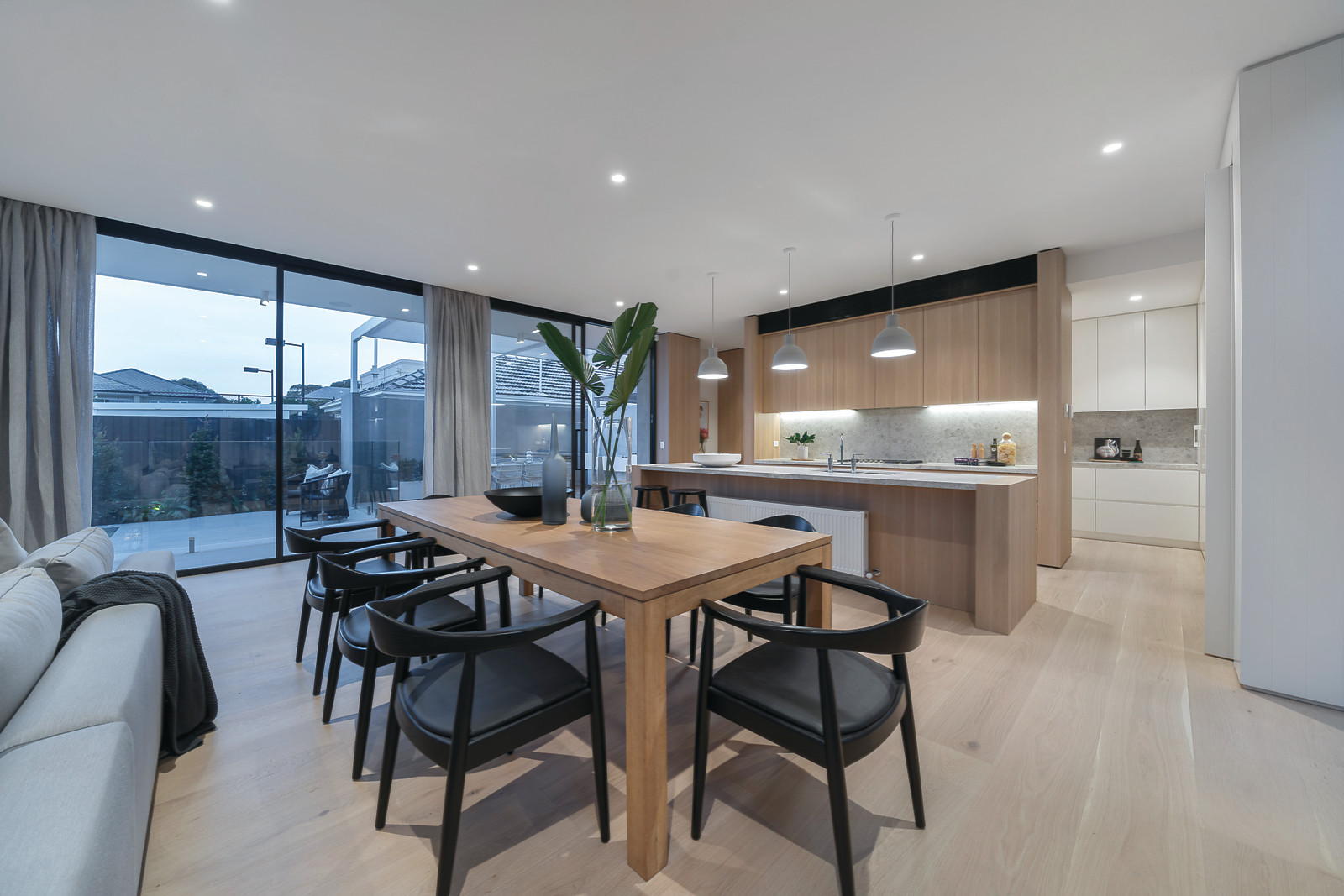 Dining Room Interior Styling