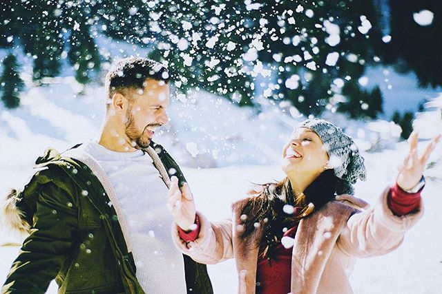 *#snowflakes* . #yorgosarchimandritisweddings #weddingphotography #weddingphotographer #destinationweddingphotographer #greekweddingphotographer #snowfall #snow #winter #outdoor #winterwedding #adventurewedding #mountainwedding #snowwedding #weddinginspo #couplegoals #couplesession #couplesessions #happiness #love #thehappynow #parnassosmountain  #parnassos #arachova