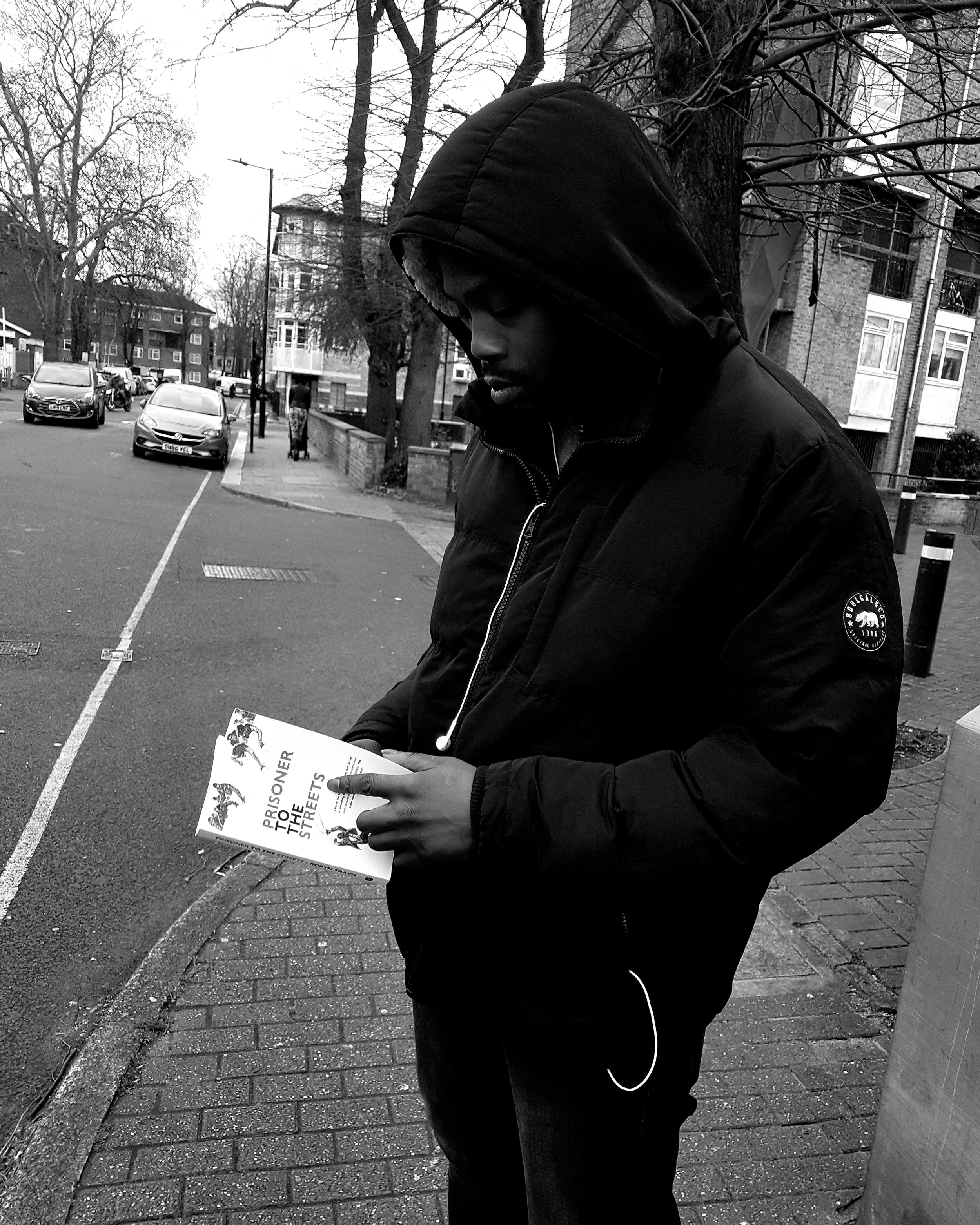 """About Us - """"Placing 100 books each month into the hands of young people"""" - Malik SankaraInitially starting in 2017, founder Malik Sankara purchased 100 books from author Robyn Travis, entitled 'Prisoner to the streets' with the promise of delivering them to young people across London estates for free. After fulfilling this goal, Malik saw the opportunity for his promise to become a continuous commitment, hence the birth of Block Books."""