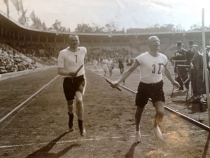 Stadion 1913 där vår ordförandegigant inom Hofvet Nils Djurberg springer 300m på Stadion Dagbladstafetten.