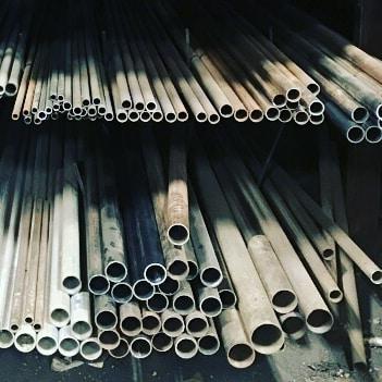 #tubing #tuesday 😆 . . . #macsteelvt #metalsmith #metalwork #color #rutlandvt #vtlife #blacksmith #welder #sculpture #steel #macequipmentandsteel #macsteelmade