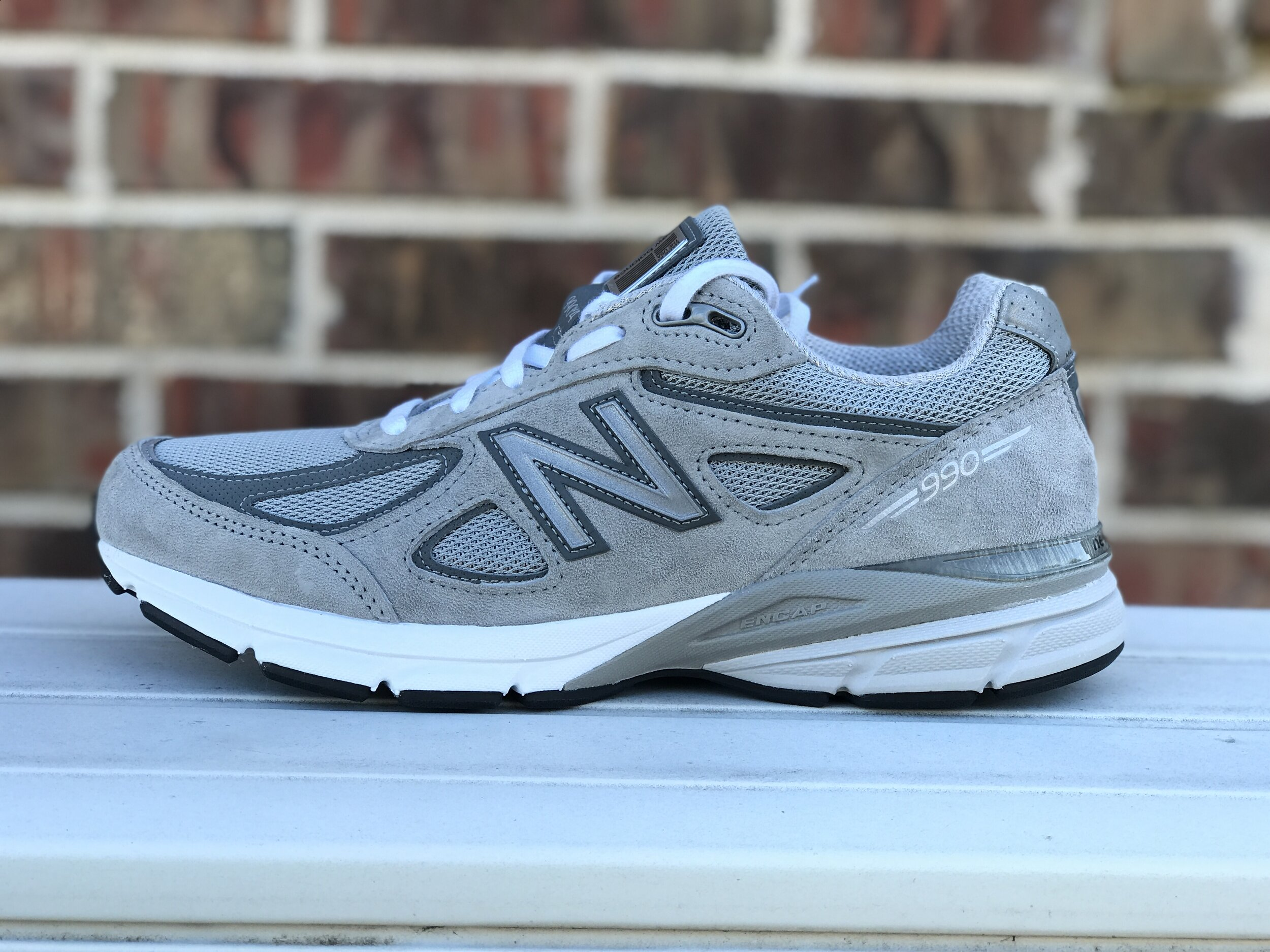 How Does The New Balance 990v4 Fit? [Easy Sizing Guide] | The ...