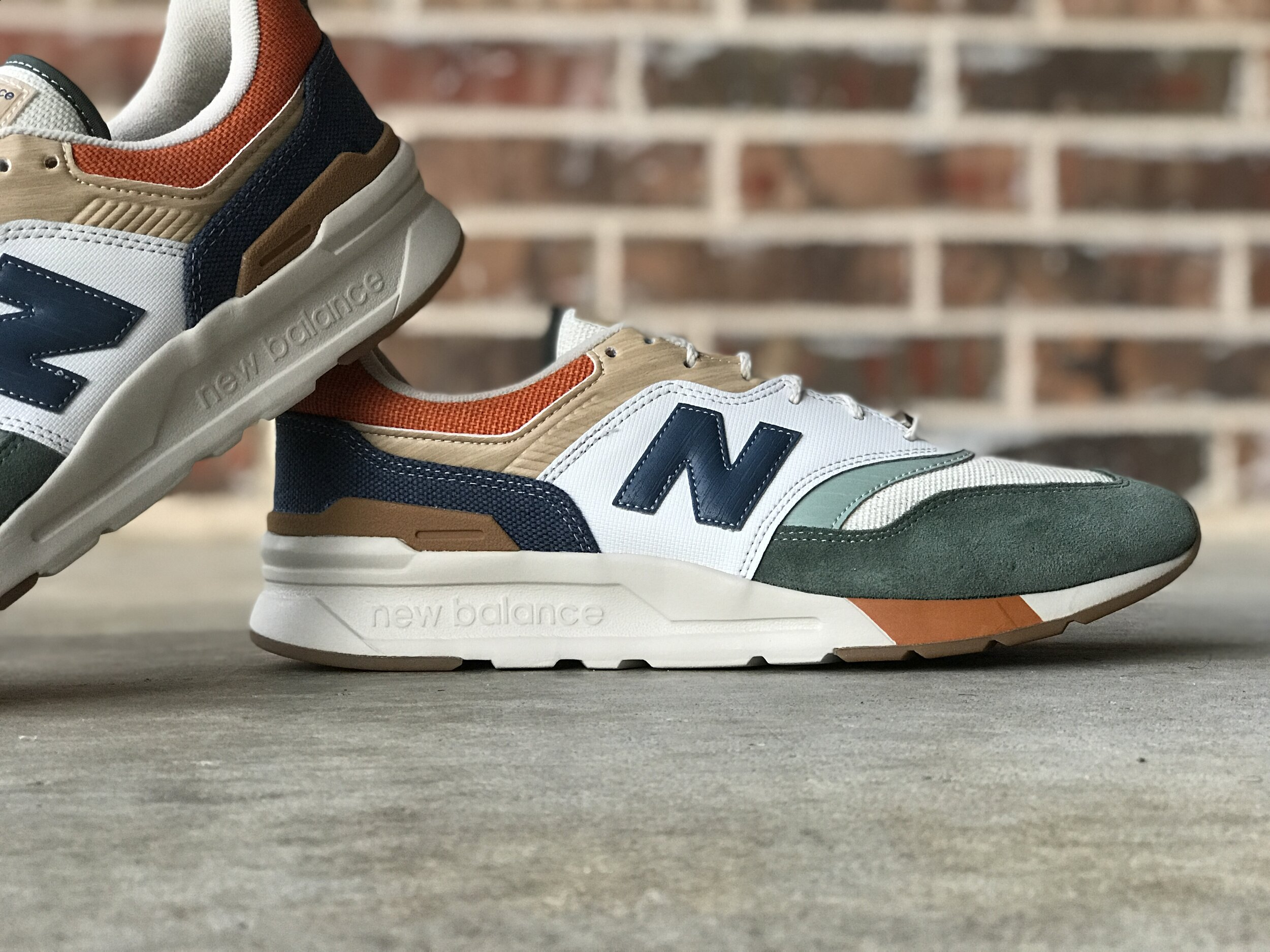 A Detailed Look At the New Balance 997H