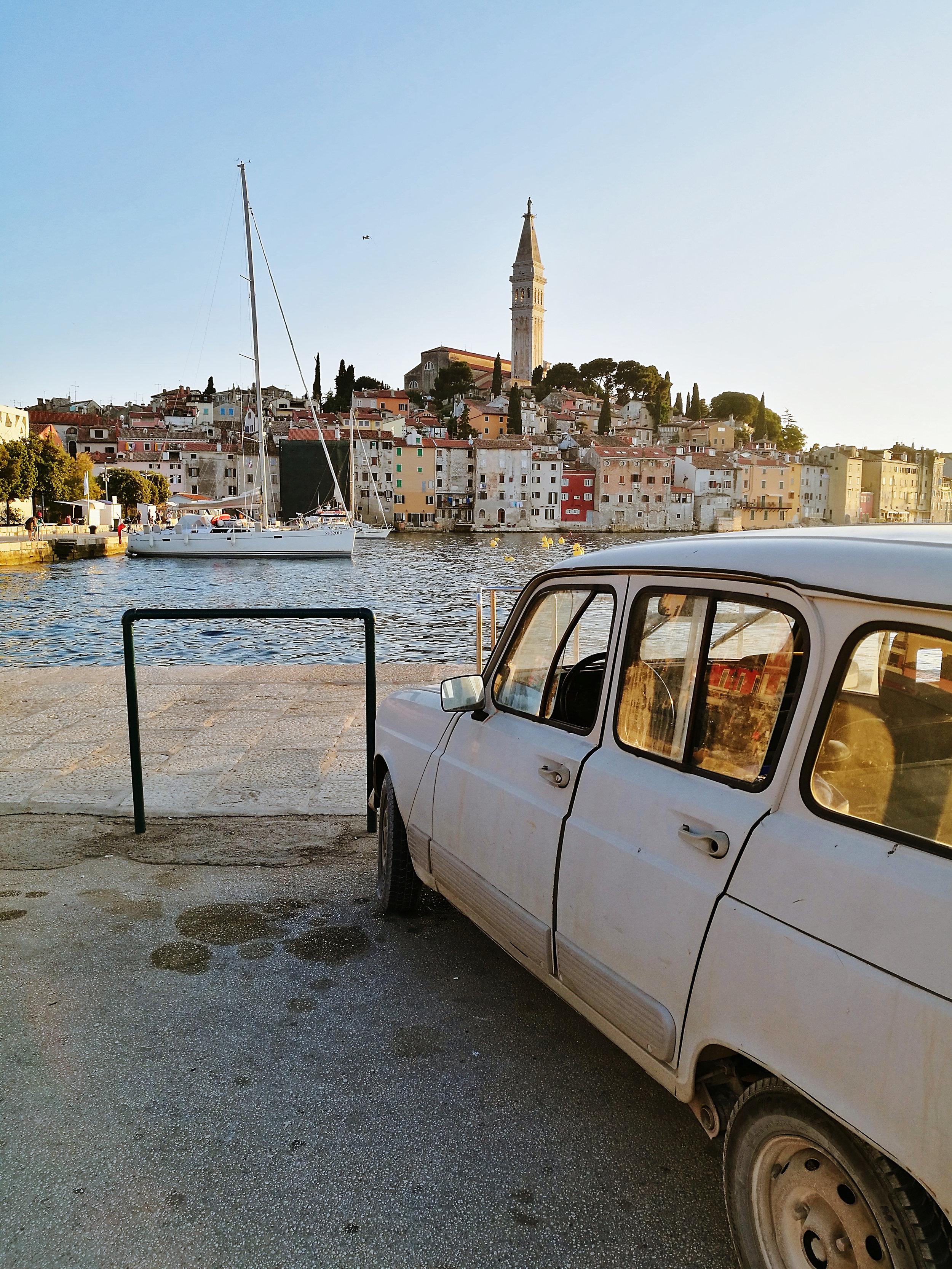 pula-kroatia-auto-satama-helle-mona-kajander-matkablogi.jpg