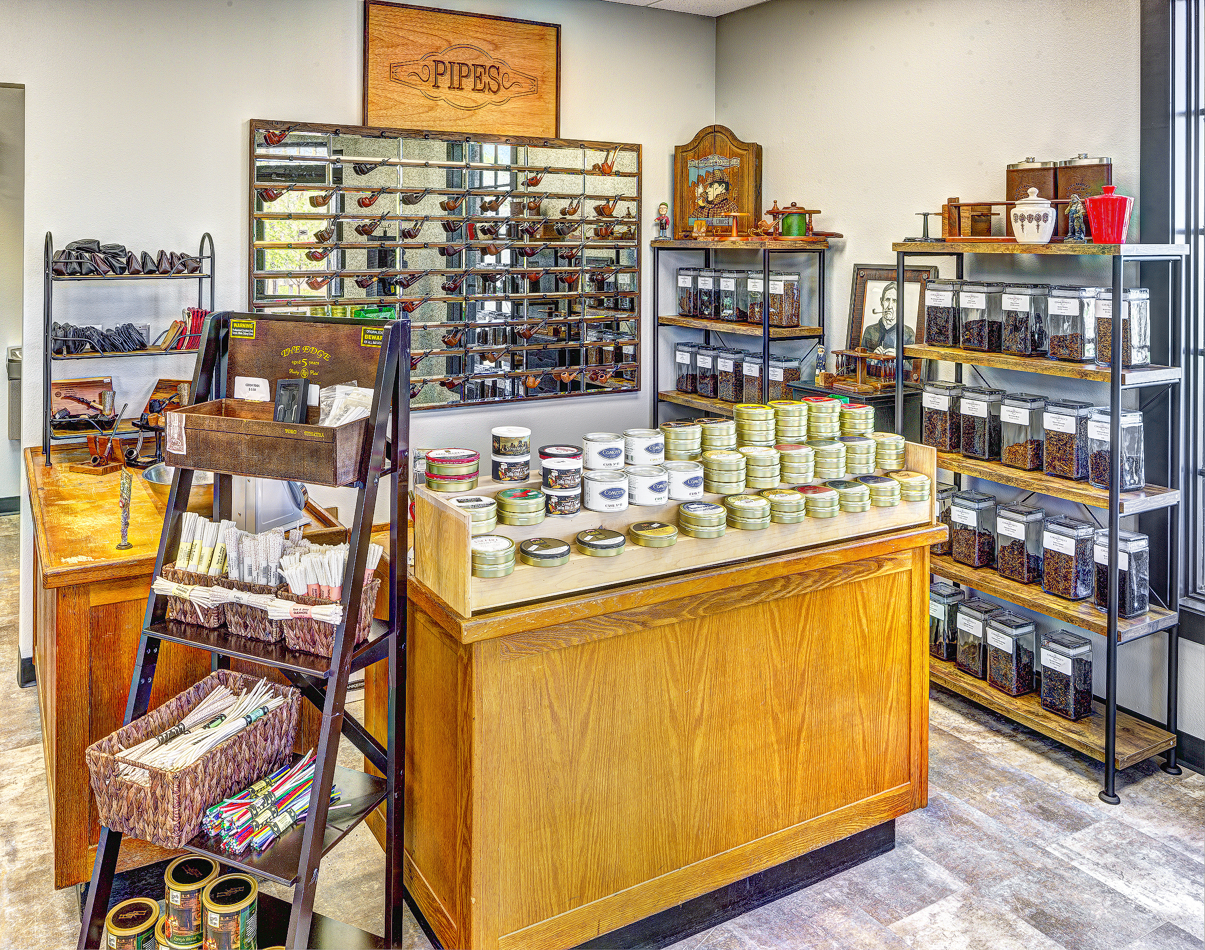 Pipes & Tobacco -