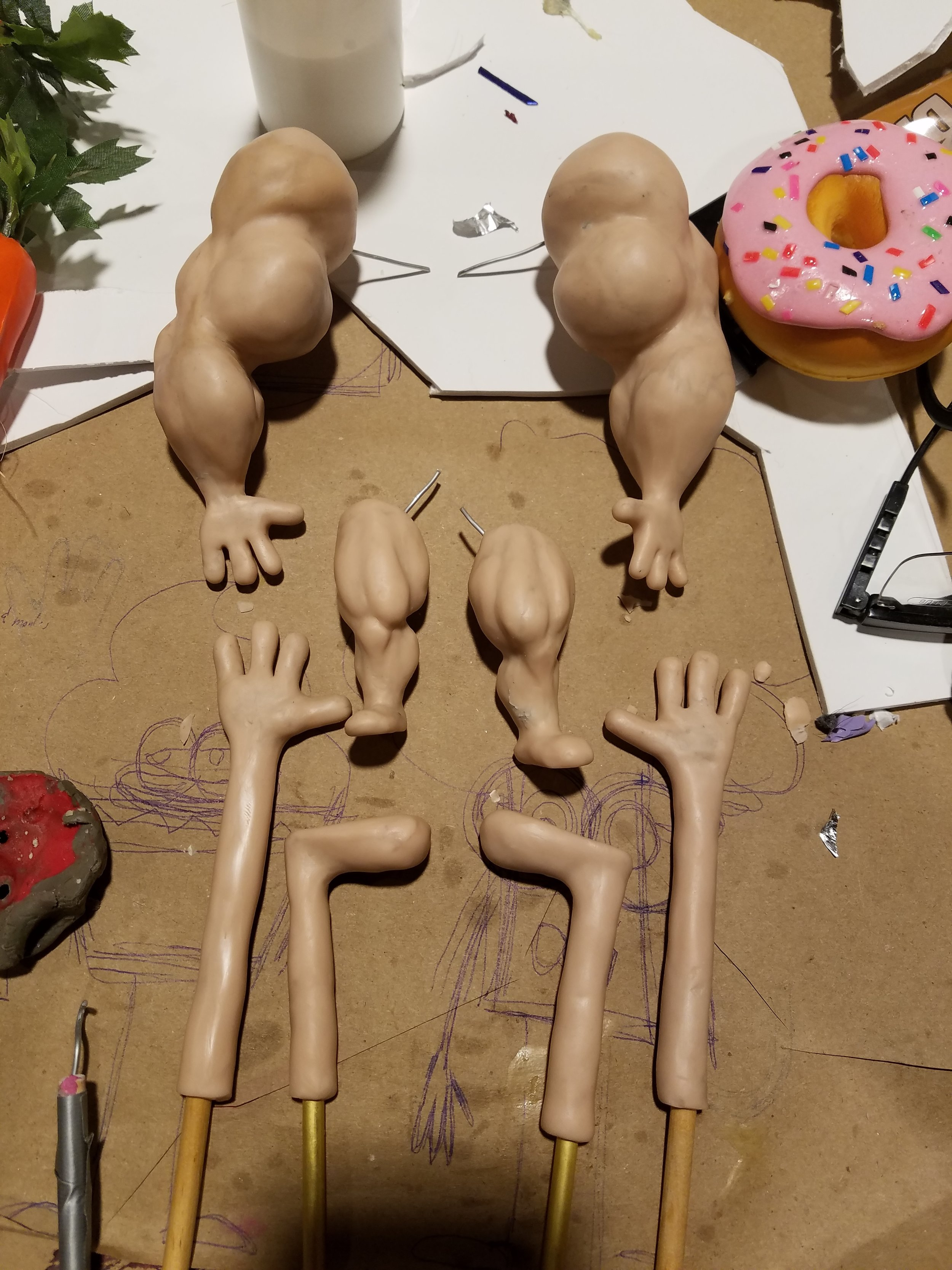 """Master sculpts of the """"proteins"""" and """"fats"""" limbs"""