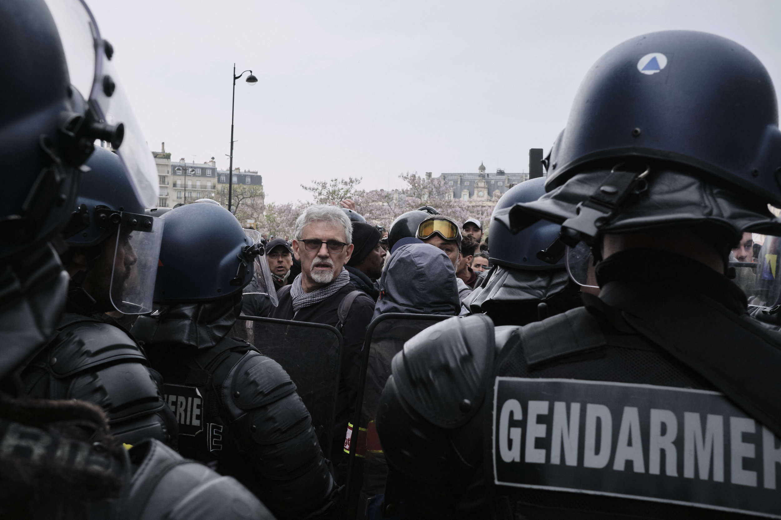 Police blocking the protesters way to The Avenue D'italie forcing participants to give up their yellow vests in order to leave.
