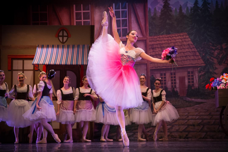 upper-school-ballet-student.jpg