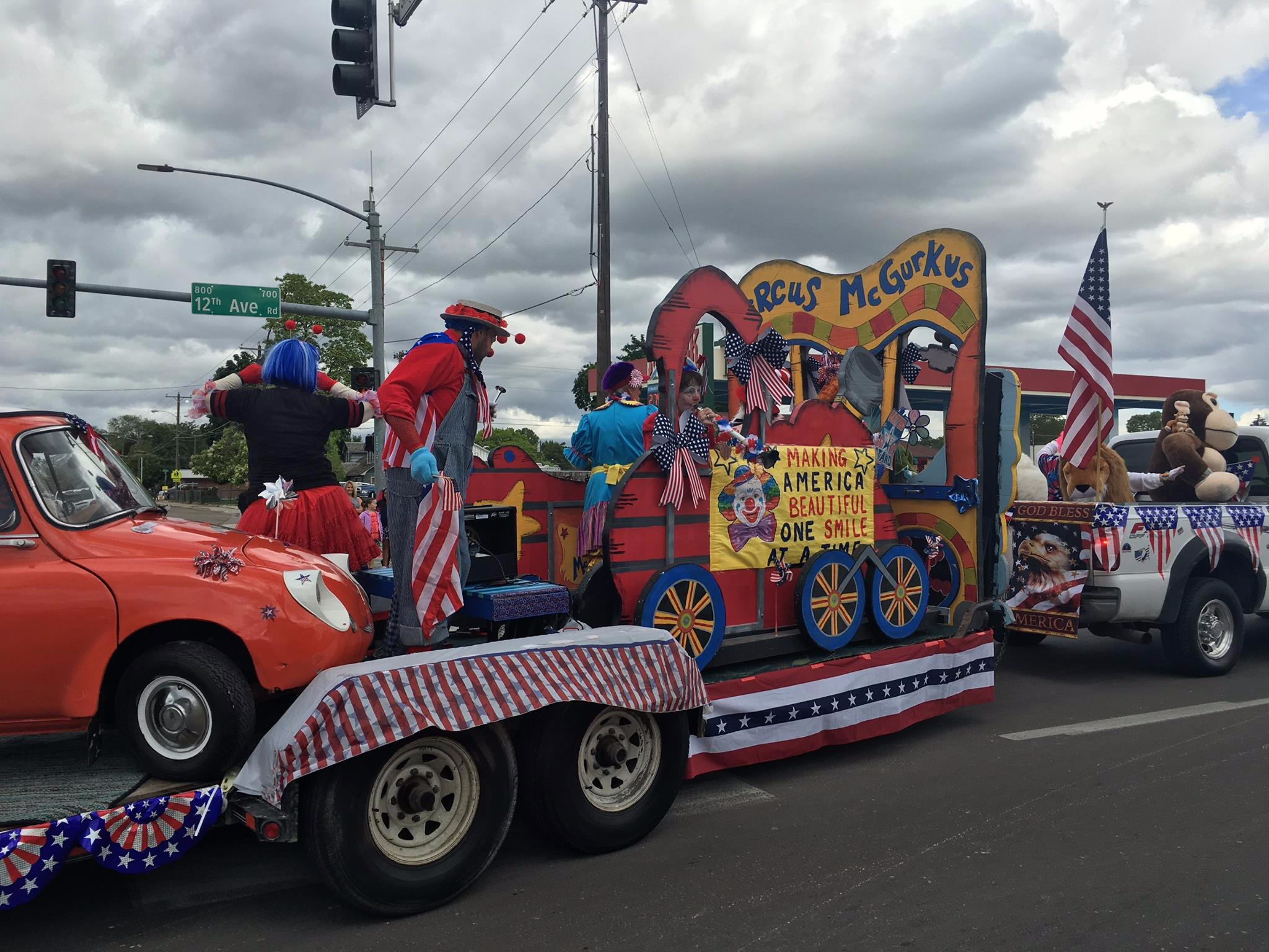 Float+Shrine+.jpg