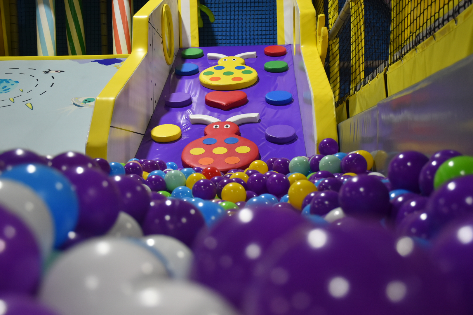 Dedicated toddler play area - Ready for even the smallest party guests