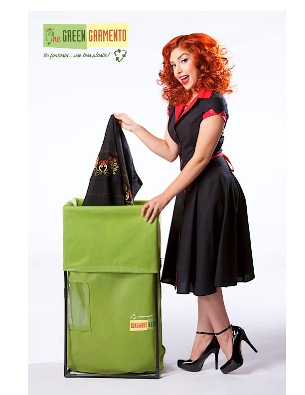 The Green Garmento - With typical dry cleaning you always end up with SO many hard to recycle plastic bags. The Green Garmento serves as a laundry and garment bag for dry cleaning pickup. It comes with detailed instructions on how to use it.