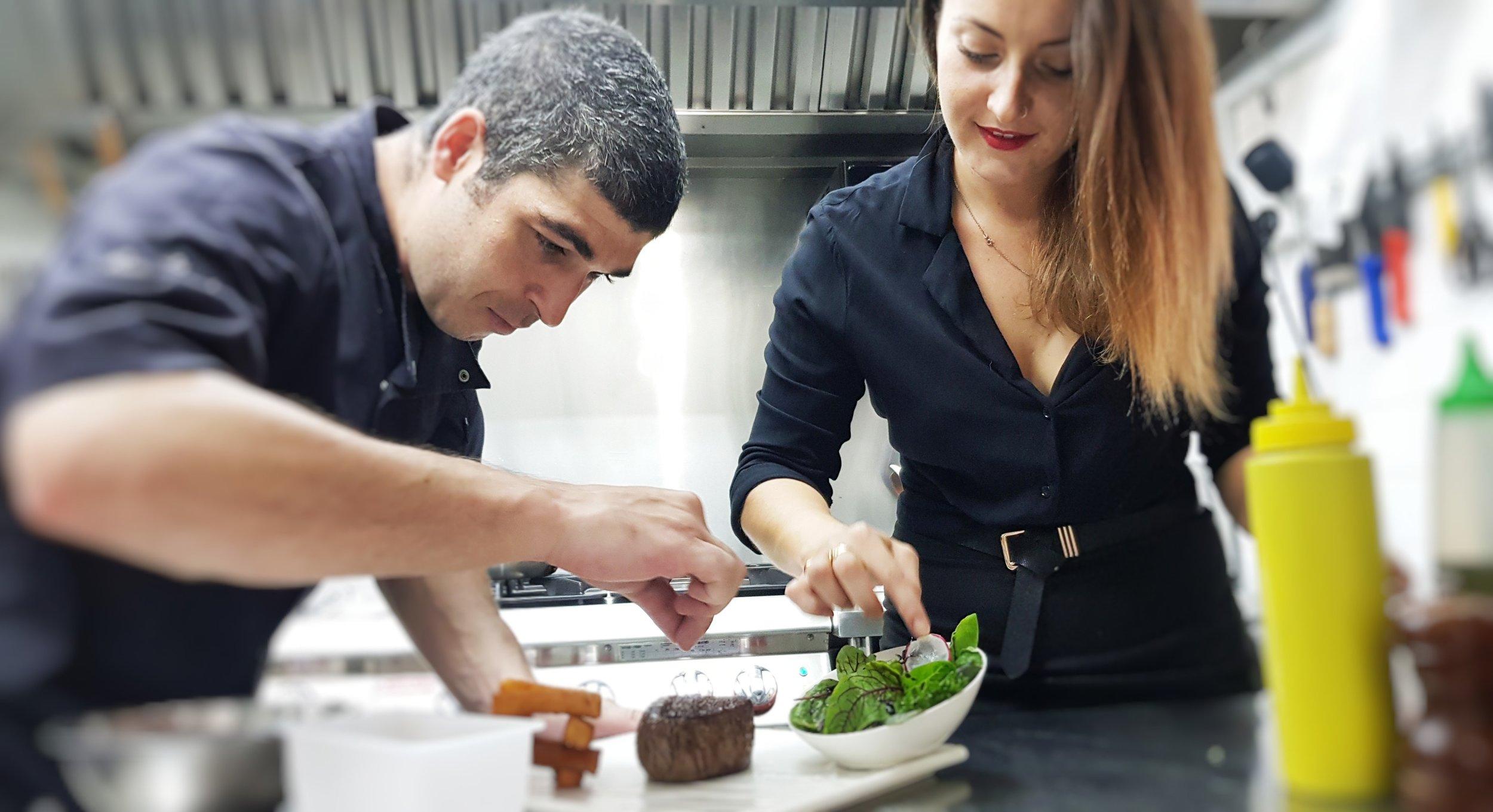 About La Bonne Table Restaurant