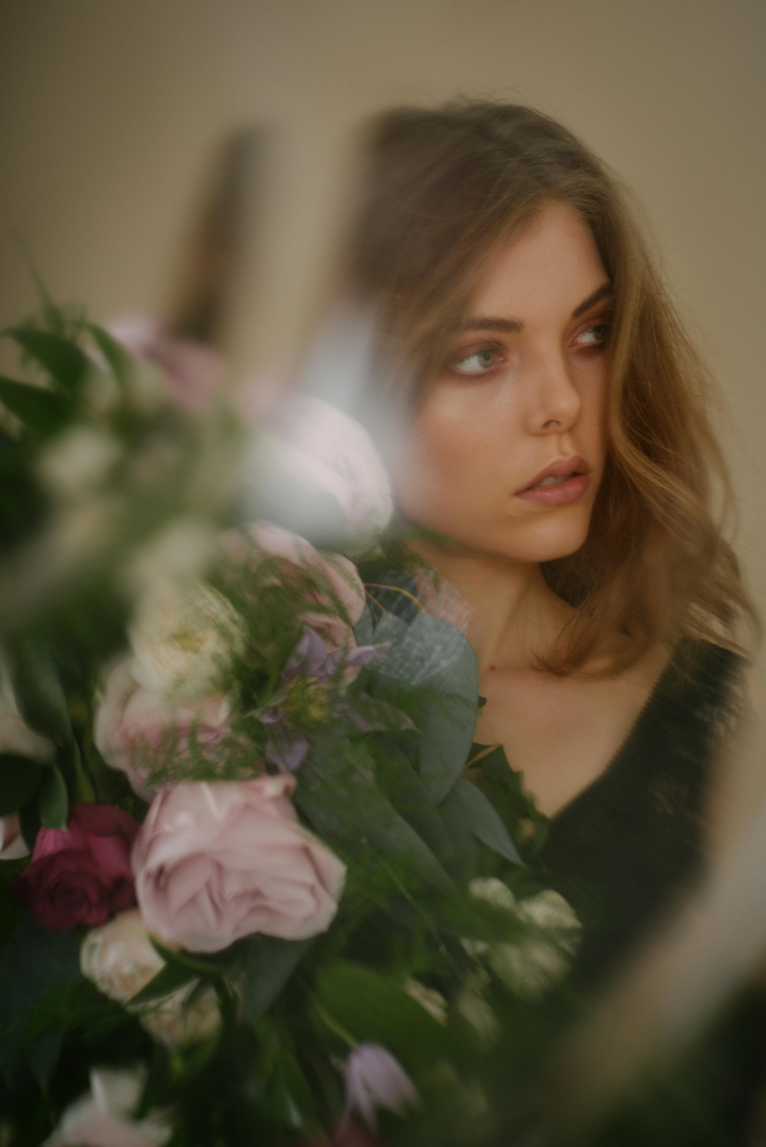 RomanticStudio_SarahBurton_20.jpg