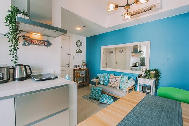 Relax in this cozy beach shack-inspired condo with Azure Resort wave pool view. This Airbnb is perfect for that quick weekend getaway or a week-long retreat just 15 minutes from Makati City. With 2 bedrooms and beddings for 4-6 guests, this rental is complete with a private bathroom, cooking utensils, sheets, towels, toiletries, hair dryer, iron and board. With WiFi internet, TV and cable. I guess we'll see you soon?  If you want to book this Airbnb, just go to www.teamvendo.com.  #airbnb #teamvendo #airbnbbyteamvendo #azureurbanresortresidences #azureurbanresort #condo #condoliving #smallspacesquad #smallspaceliving #beachshack @beach #resort #vacationrental #vacation #interiordesign