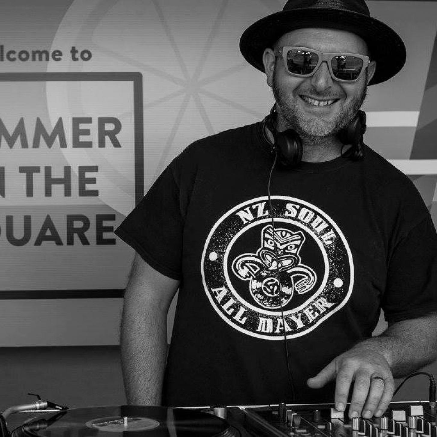 Auckland DJ - DJ Murry Sweetpants.jpg