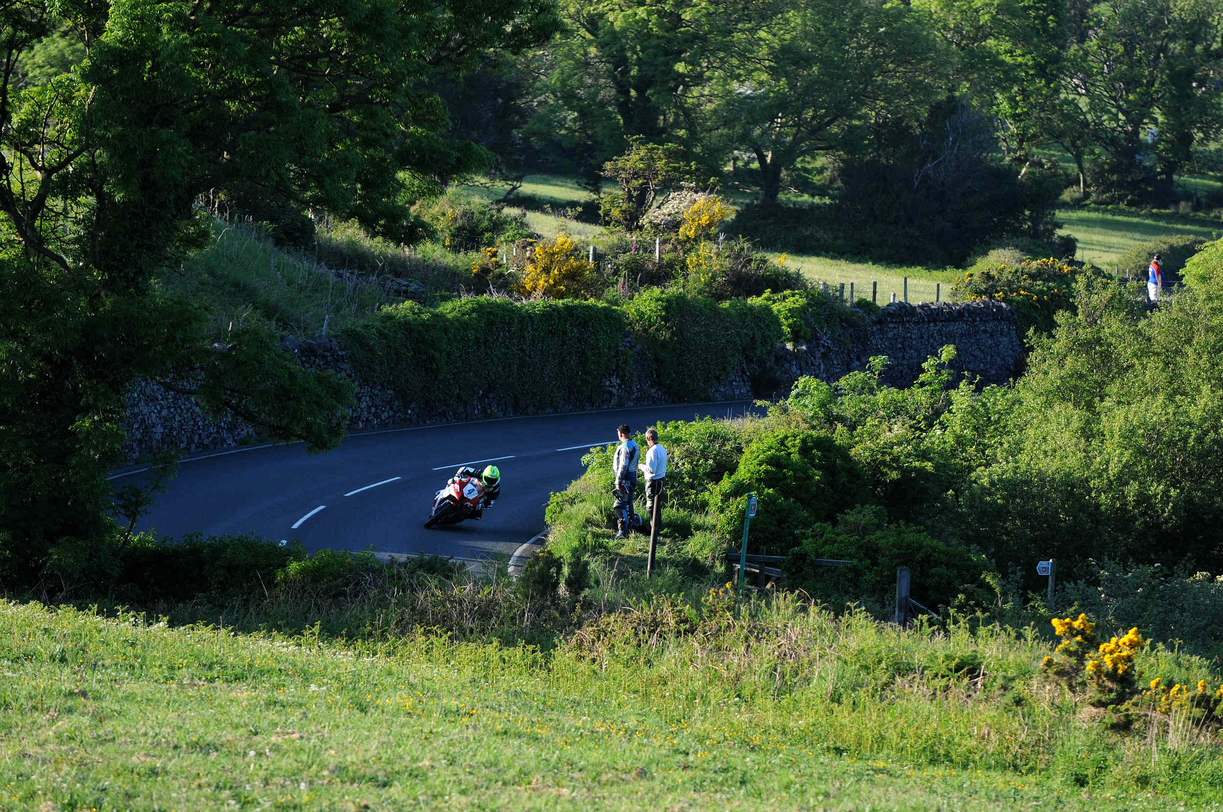 Cameron Donald at Tower Bends, TT qualifying 2012
