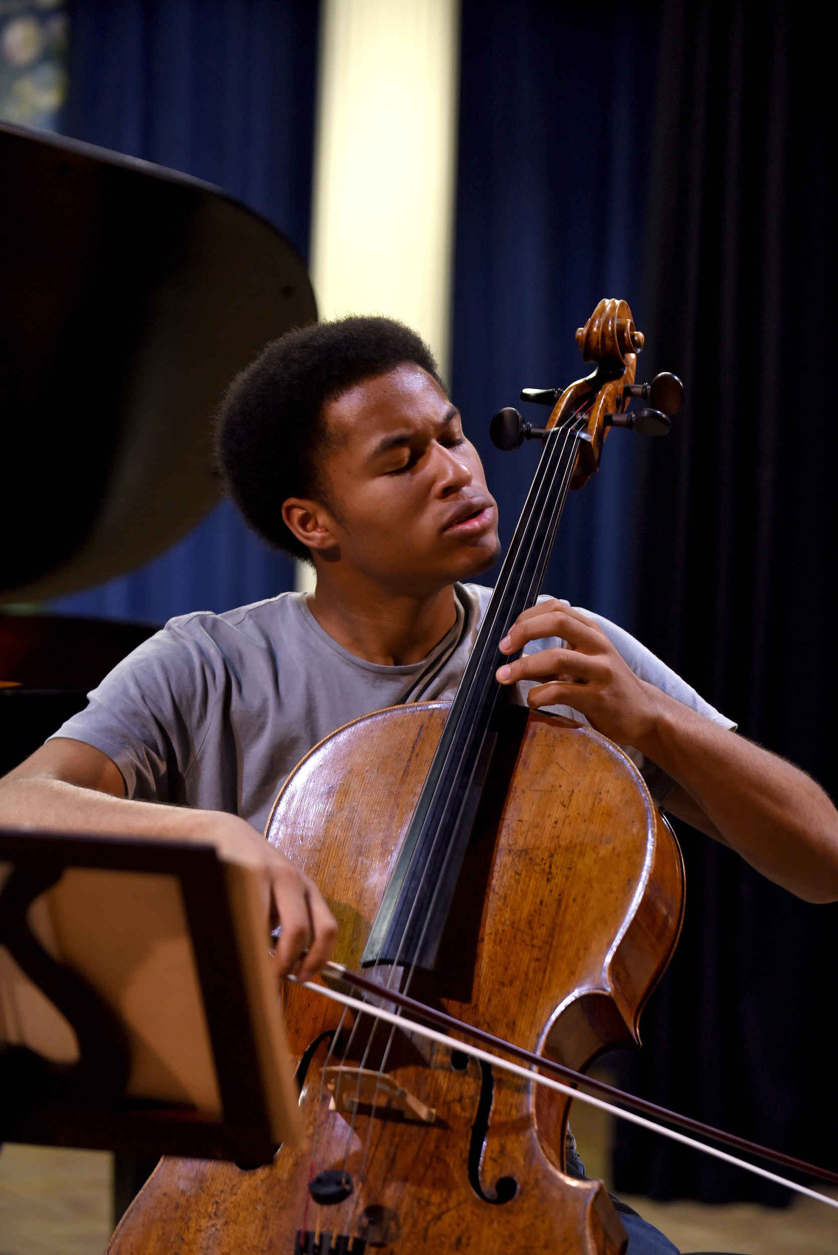 Sheku Mason, of the Kanneh-Mason trio, rehearsing before Saturday night's performance at the Erin Arts Centre