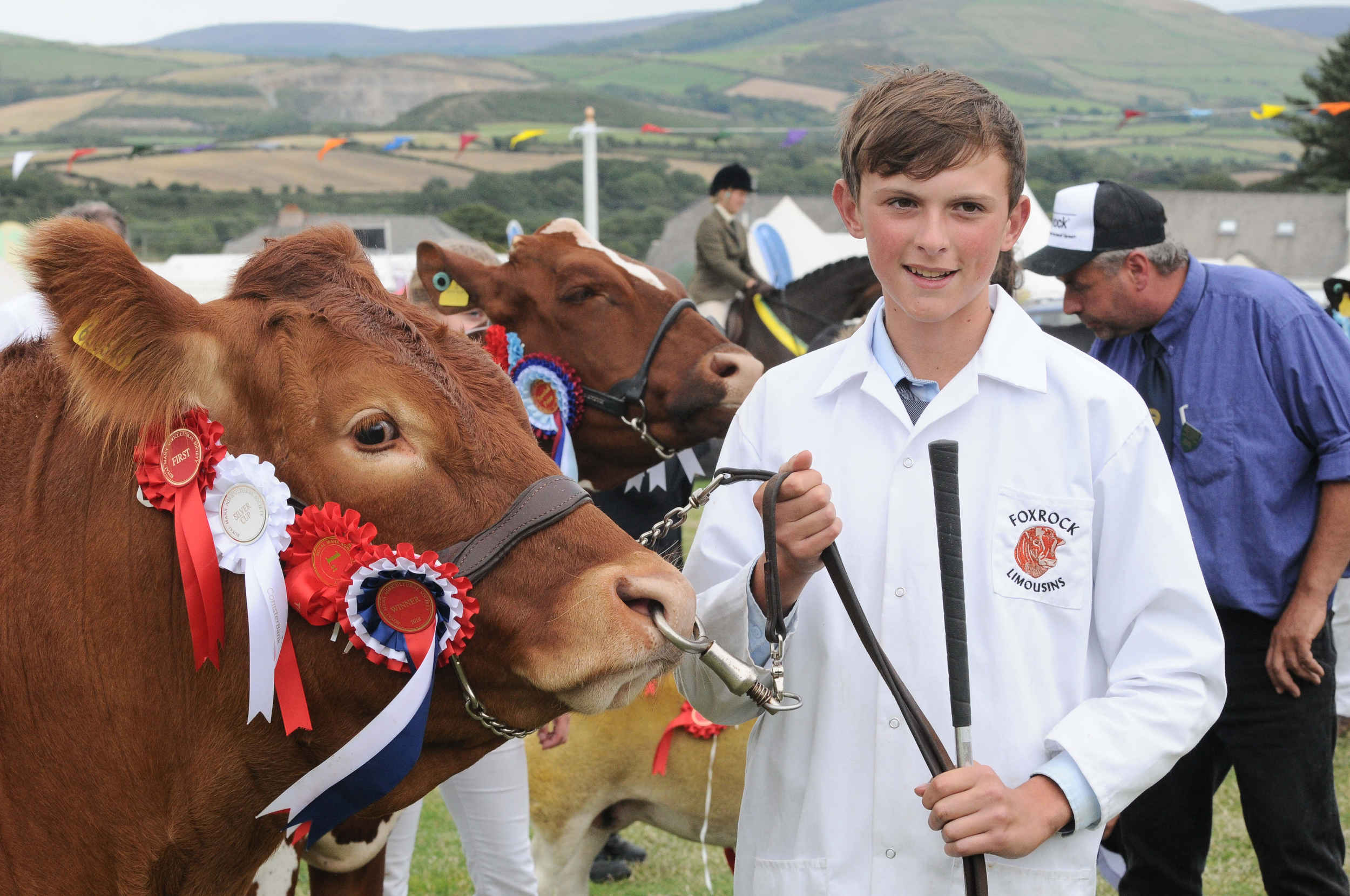 Tom Cain with Supreme Champion Limousin 'Foxrock Molly' at the 2018 Royal Manx Agricultural Show