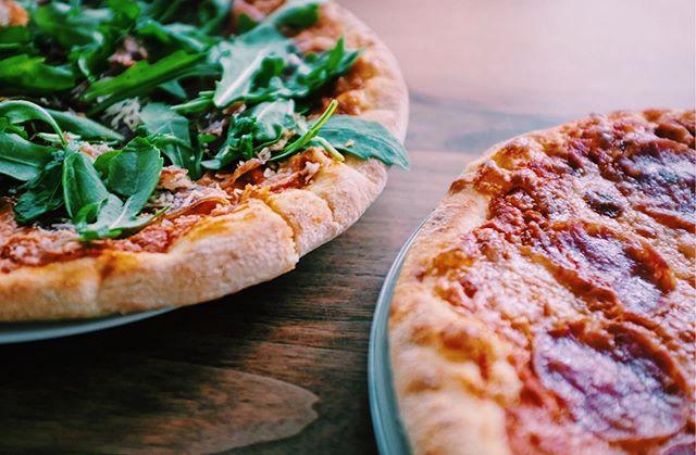 Es ist Montag und du hast keine Lust zu kochen? Kein Problem!🍕 • • • • Einfach online bestellen 🍕Shop.missionpizza.de🍕 oder ruf uns an 0404/85407606