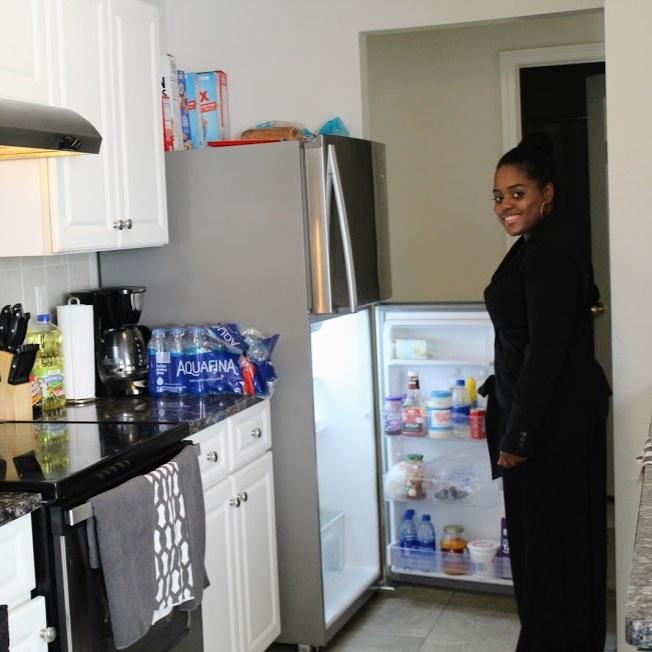 Mae+at+fridge.jpg