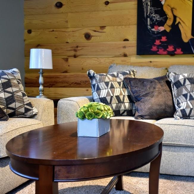 Utica+apartment+living+room.jpg