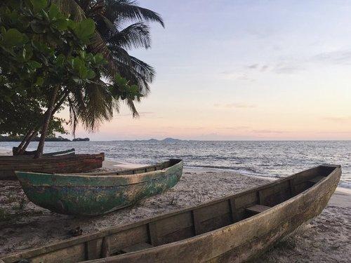 Strande Tokeh Sierra Leone