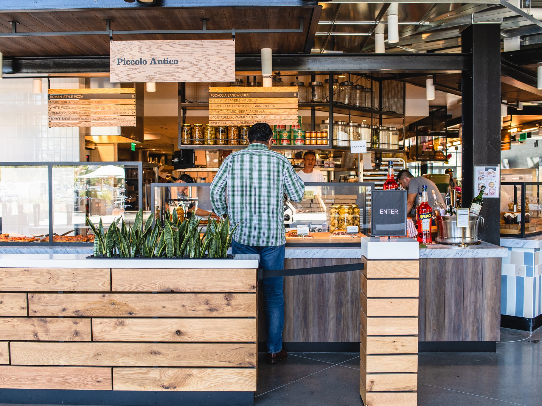 9 Food Halls in LA That Will Open Your Mind and Broaden Your Palate - Locale
