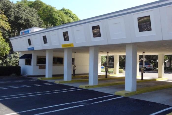 2525 Manatee Ave - Bradenton, FL