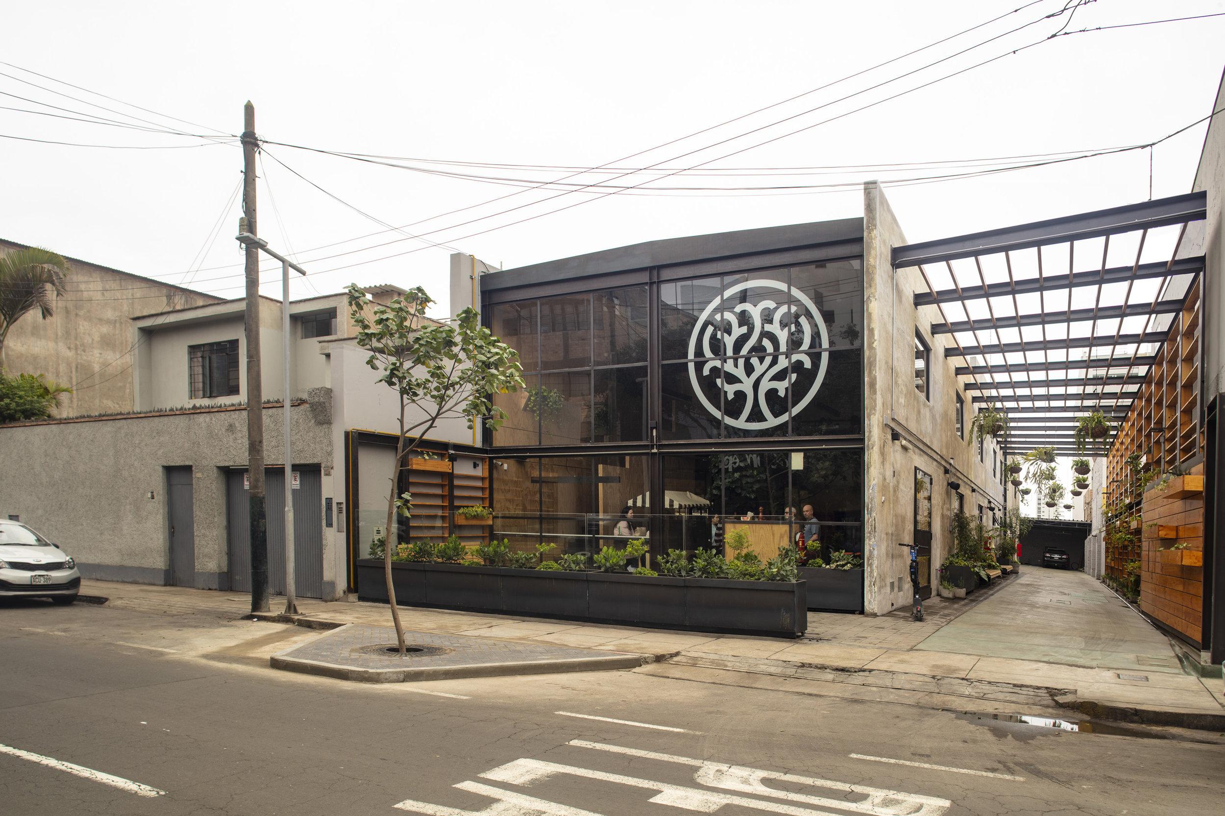 GANADOR - COMERCIO - ARMONICA CAFE (2).jpg