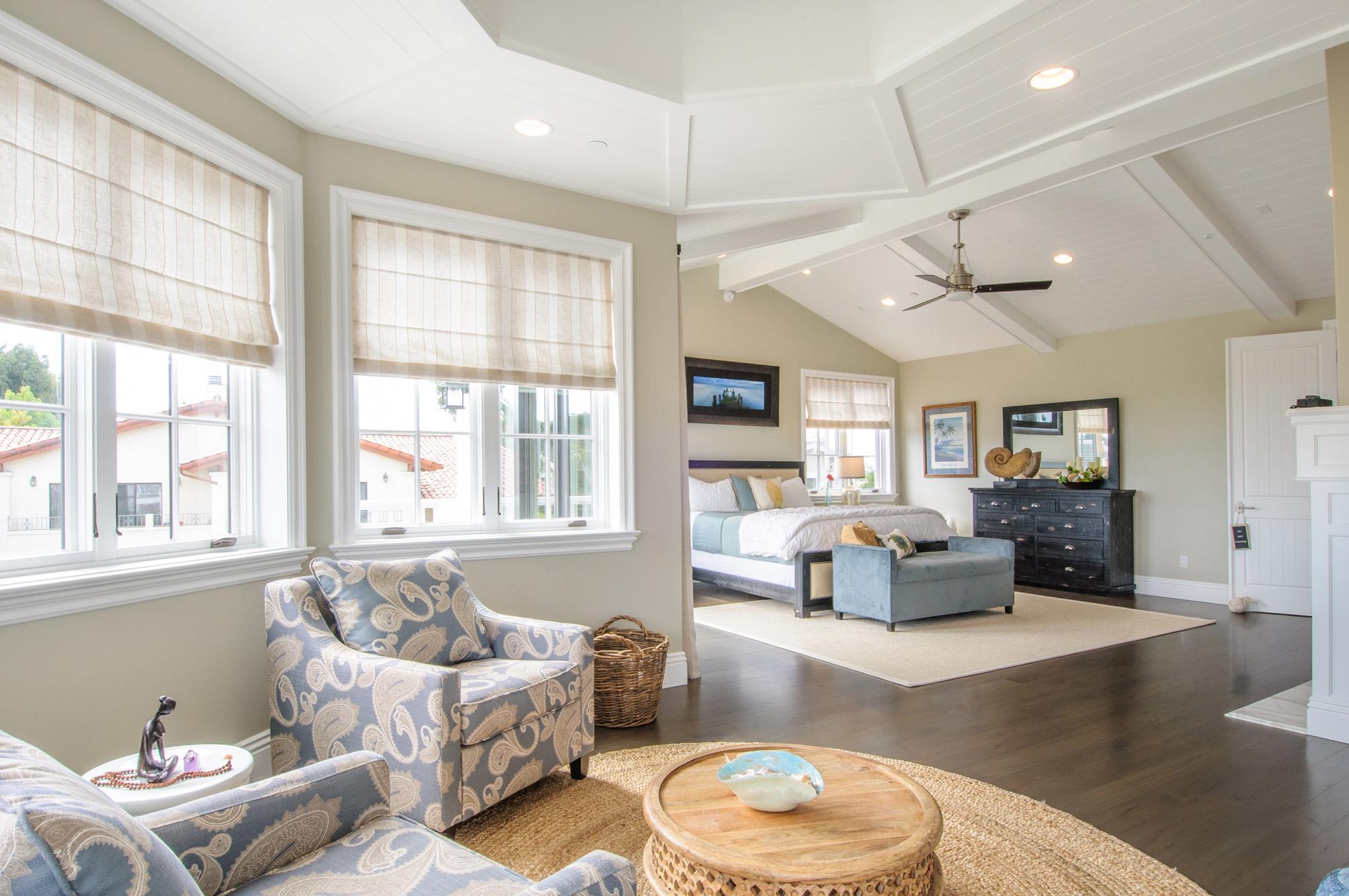 capecod - masterbed room - walnut floors.jpg