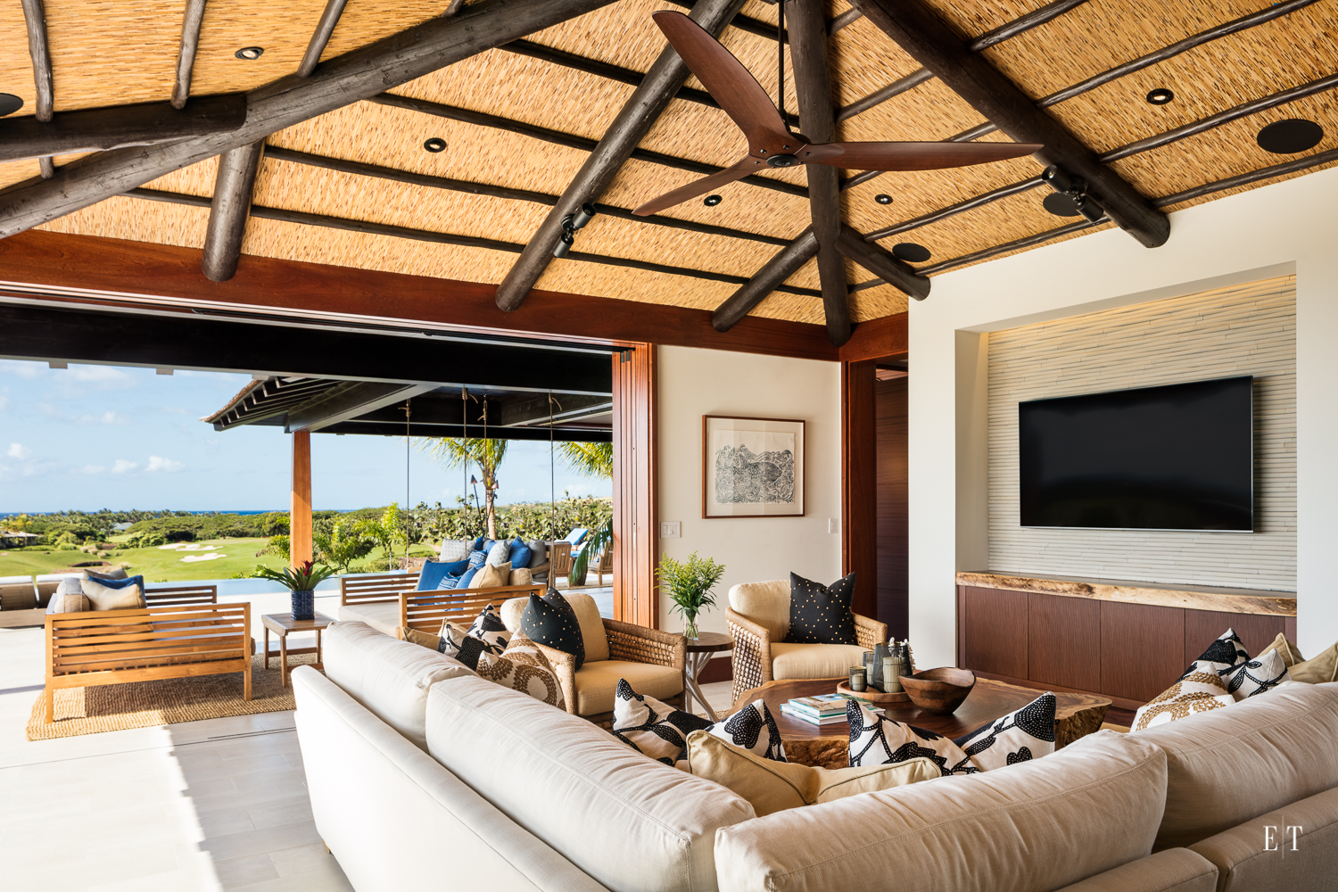 Indoor Outdoor living at its finest at Hale Kahakai, Kukui'ula on the South Shore of Kauai - Pu'uwai Design + Build