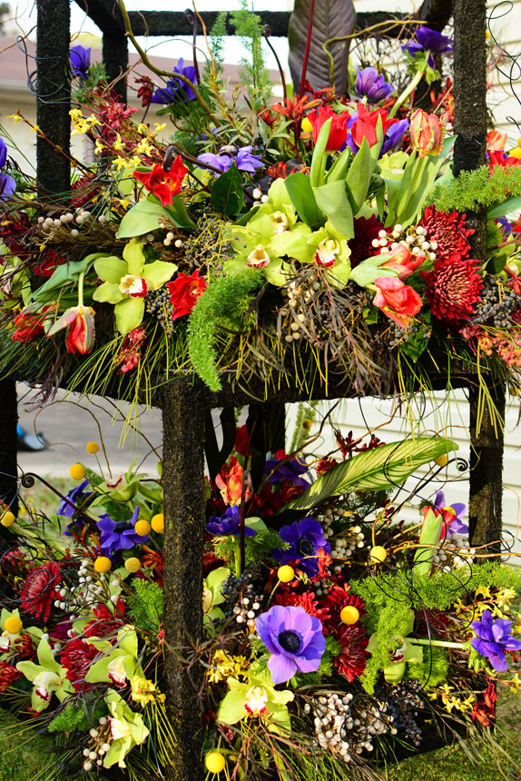 ColorfulBarMitzvahCenterpiece-StackedBoxes2.jpg
