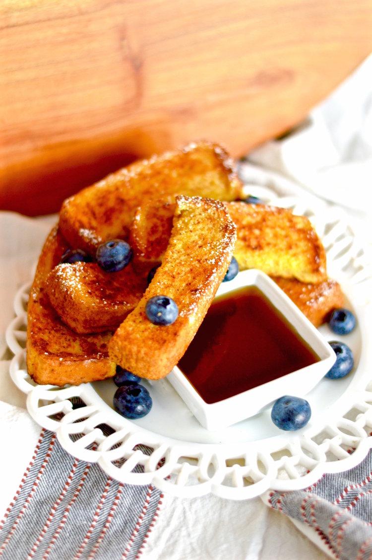 French toast sticks, easy breakfast, freezer prep, breakfast on the go
