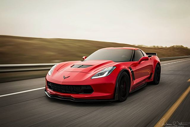 An afternoon well spent on the open road, good times and great people, taking full advantage of the open road before the cold weather sets in.  Prints are still available! Get into my DMs for more information!  #corvette #c7 #z06 #z06corvette #americanmuscle #corvettelifestyle #sundaydrive #madwhips #carsdaily #automotivedaily #cargram #carporn #automotivegramm #carlifestyle #carsofinstagram #carswithoutlimits #adv1 #adventure #lifestyle #passion #photogram #photooftheday #yycphotographer #yyctoday #lsxcanada #calgary #yyc #roadtrip #highway #drive