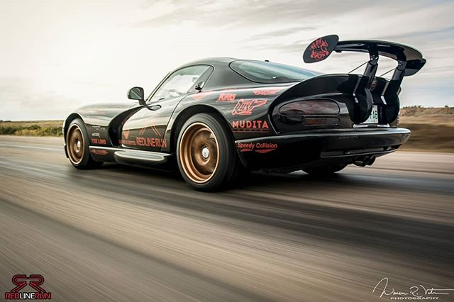 Patiently awaiting that video drop 🙋♂️ @lexlother @visualsbyroyalz 👌  #dodge #dodgeviper #vipergts #v10 #acr #viperacr #sr2 #redlinerun #amazingcars247 #carporn #carswithoutlimits #carsdaily #automotivegramm #cargram #automotivedaily #supercarsdaily700 #rallylife #carlifestyle #supercar #amazingcars #adventure #travel #lifestyle #yycphotographer #saskatoon #yxe #automotive #horsepower #americanmuscle #sundayvibes