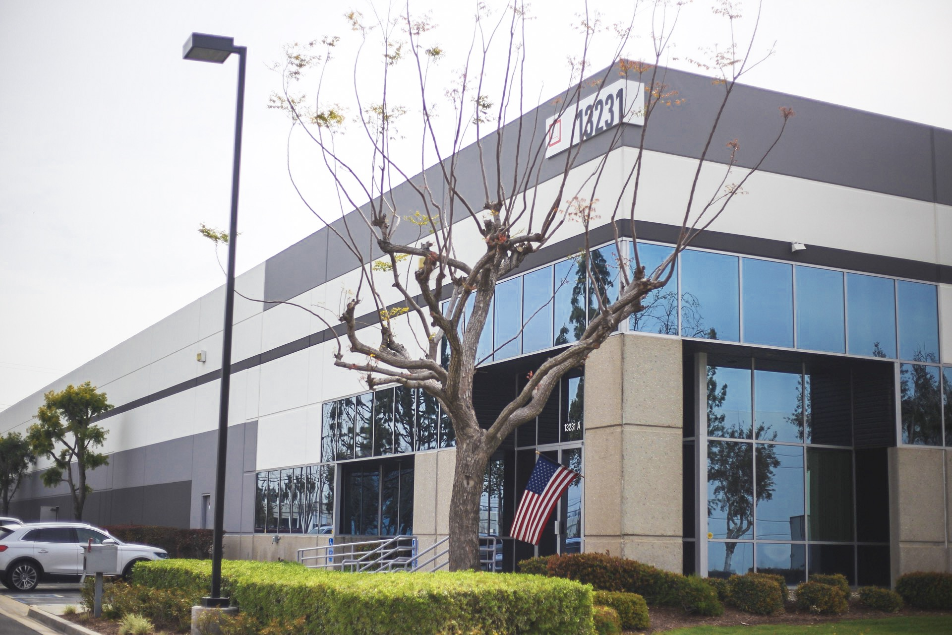 MDM Packaging & Supplies located in Fontana, CA.