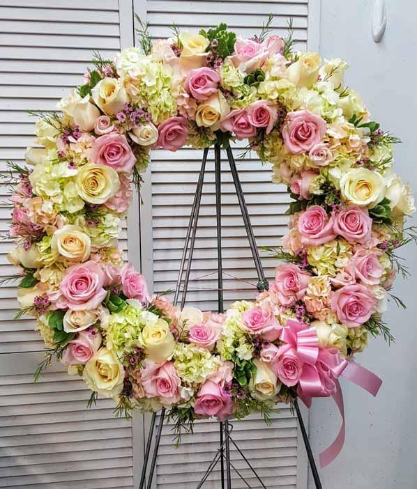 Standing Wreath 13