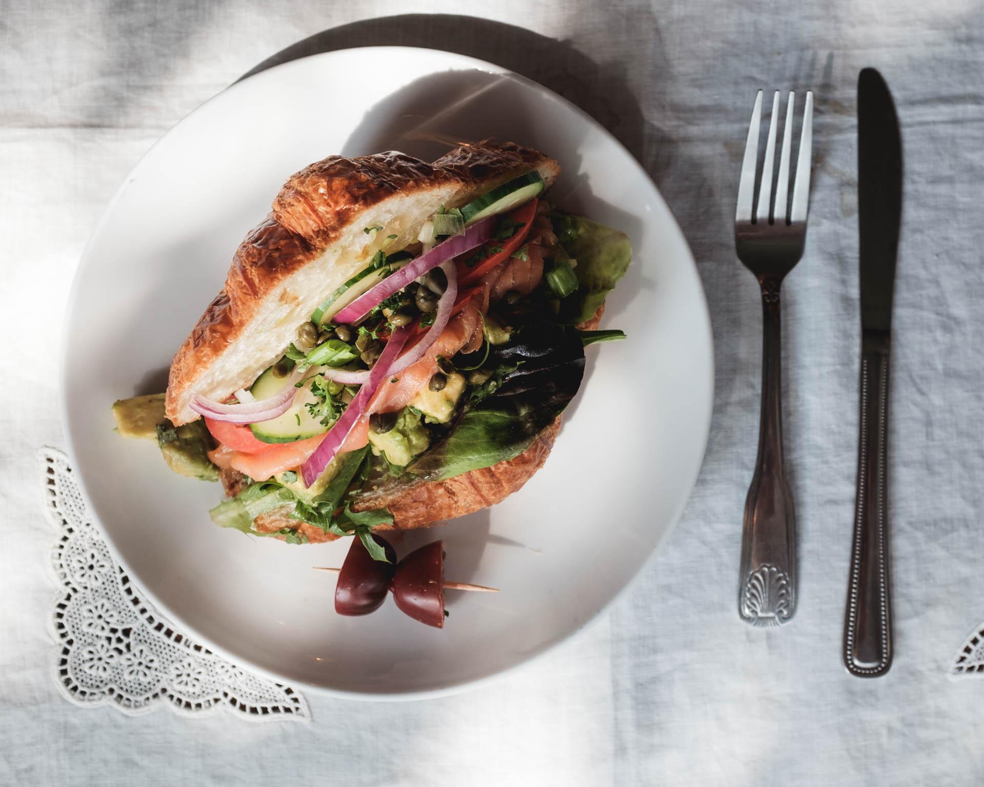 Croissant-Salmon.jpg