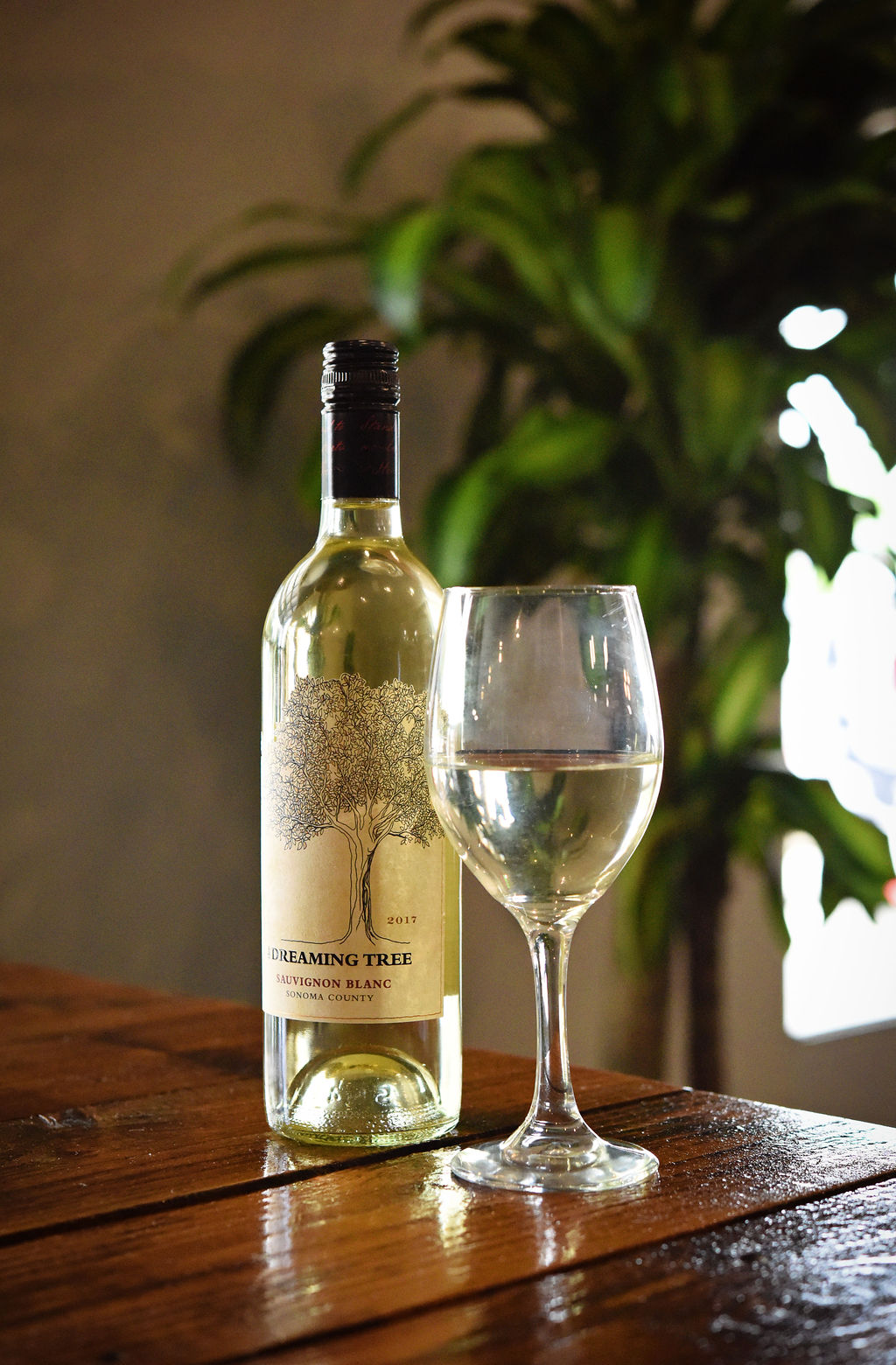 Thriving Thistle White Wine