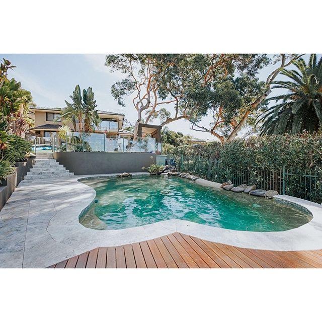 Day Dreaming... #silvertravertine #ezzari #tiles #pool #deck #stairs #poolsurround #landscaping  @ambertiles  @ezarri_mosaico