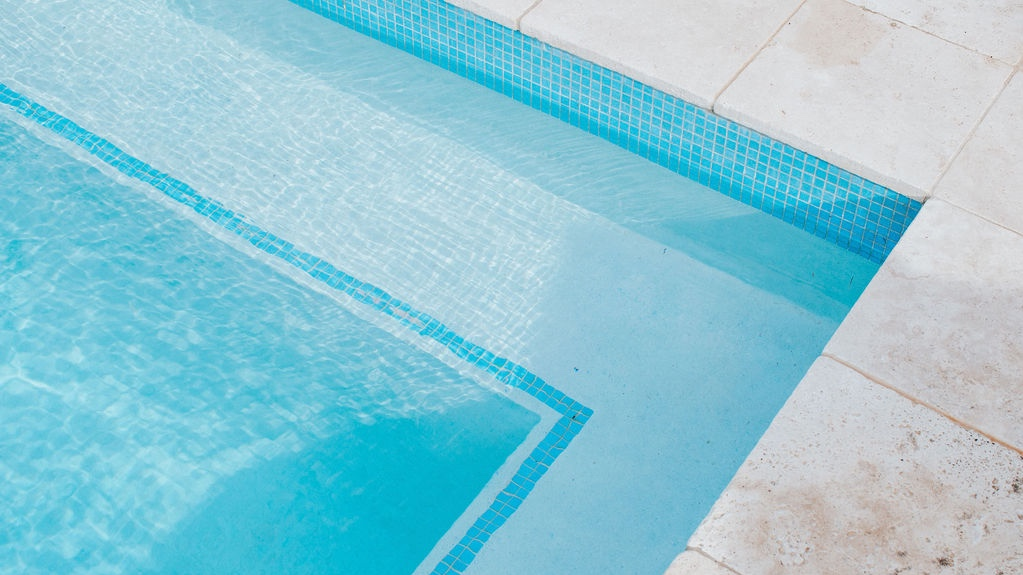 PASSION FOR POOLS - We pride ourselves on being leading pool paving and surround specialists, offering the best in safety, durability & presentation