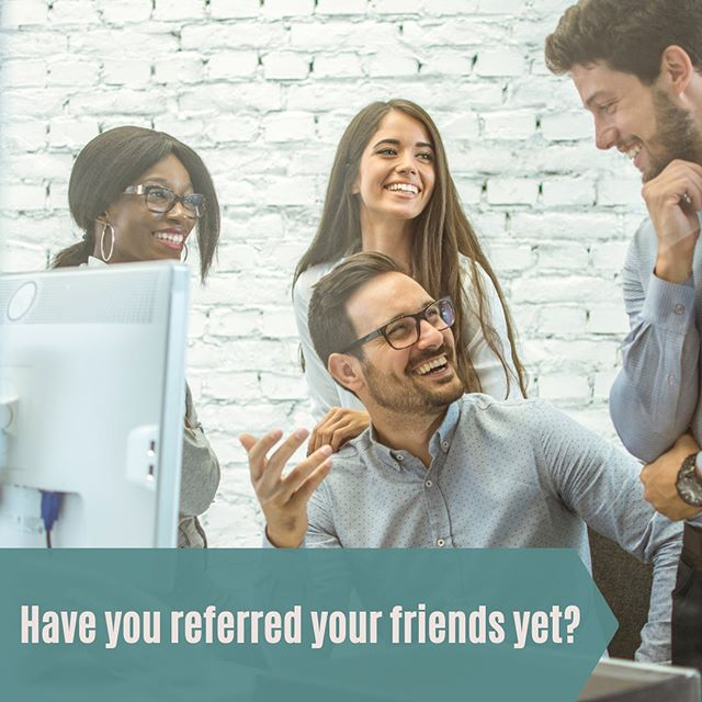 Have a friend in mind that can use our services?⁣ ⁣ Ask us about our refer a friend offer we have 👯‍♀️⁣ ⁣ ______________⁣ #supportsmallbusiness #entrepreneur #smallbusiness #customlabels #orangecounty #orangecountybusiness