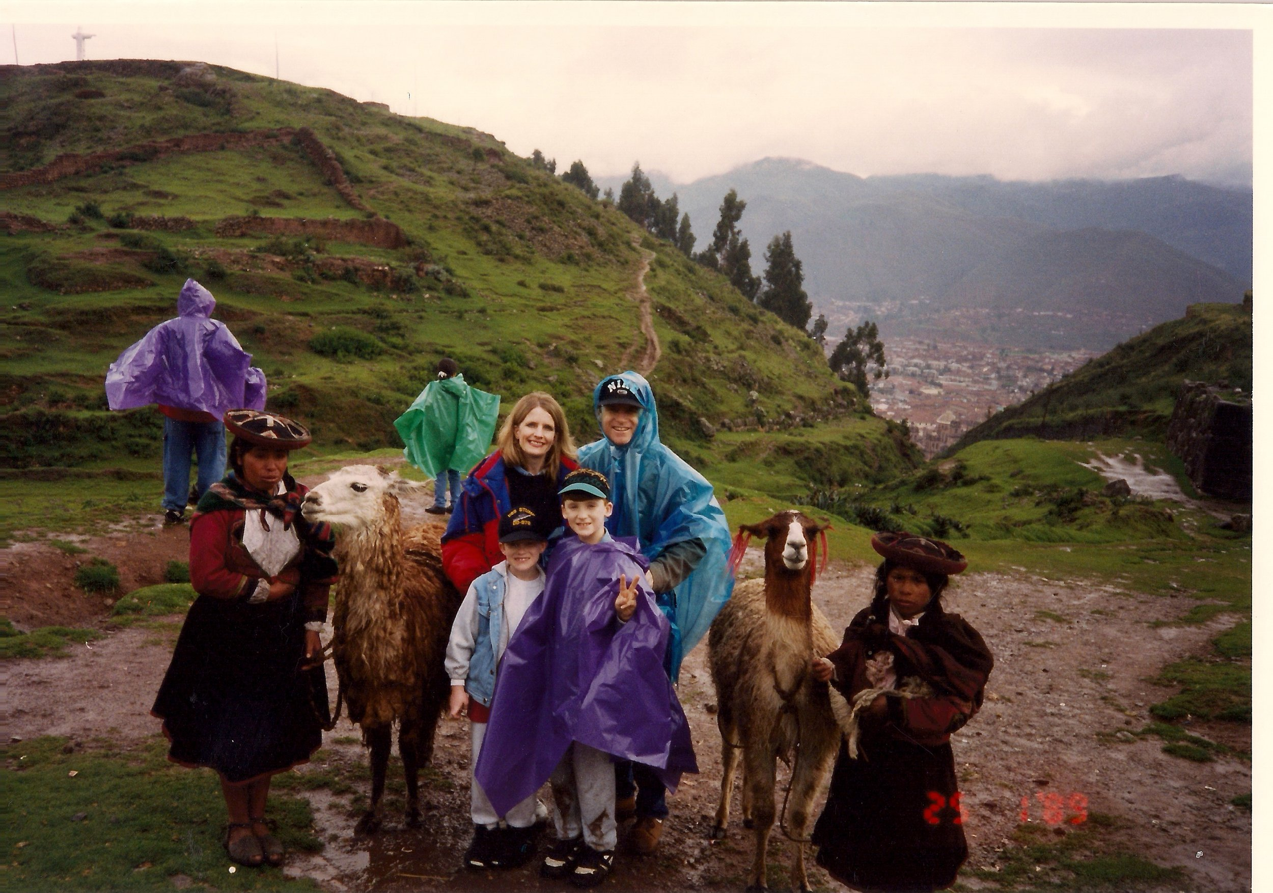 1996_06 Cuzco city-wide Christian Concert for 800 people.jpg