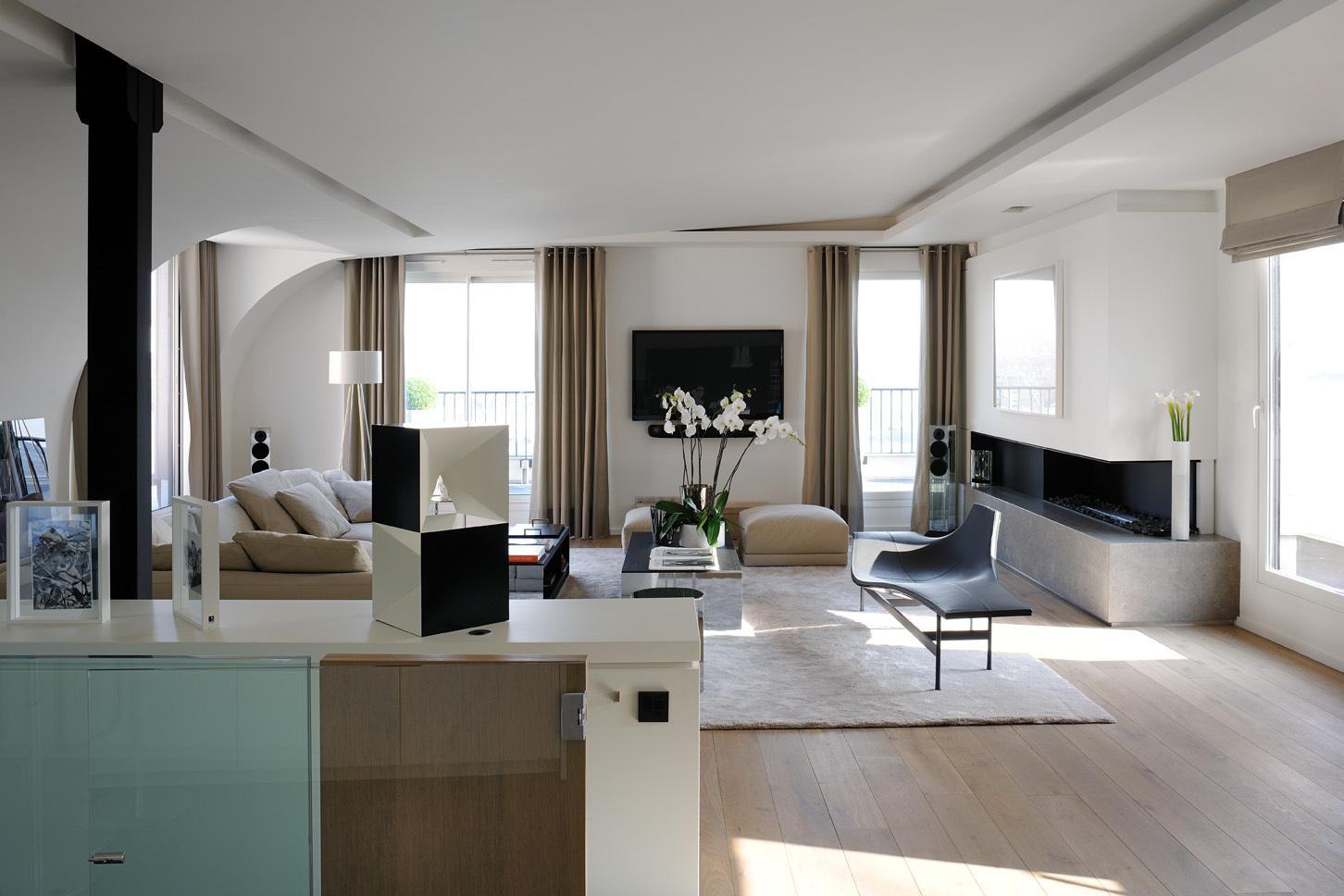 Victorias Living Room.jpg