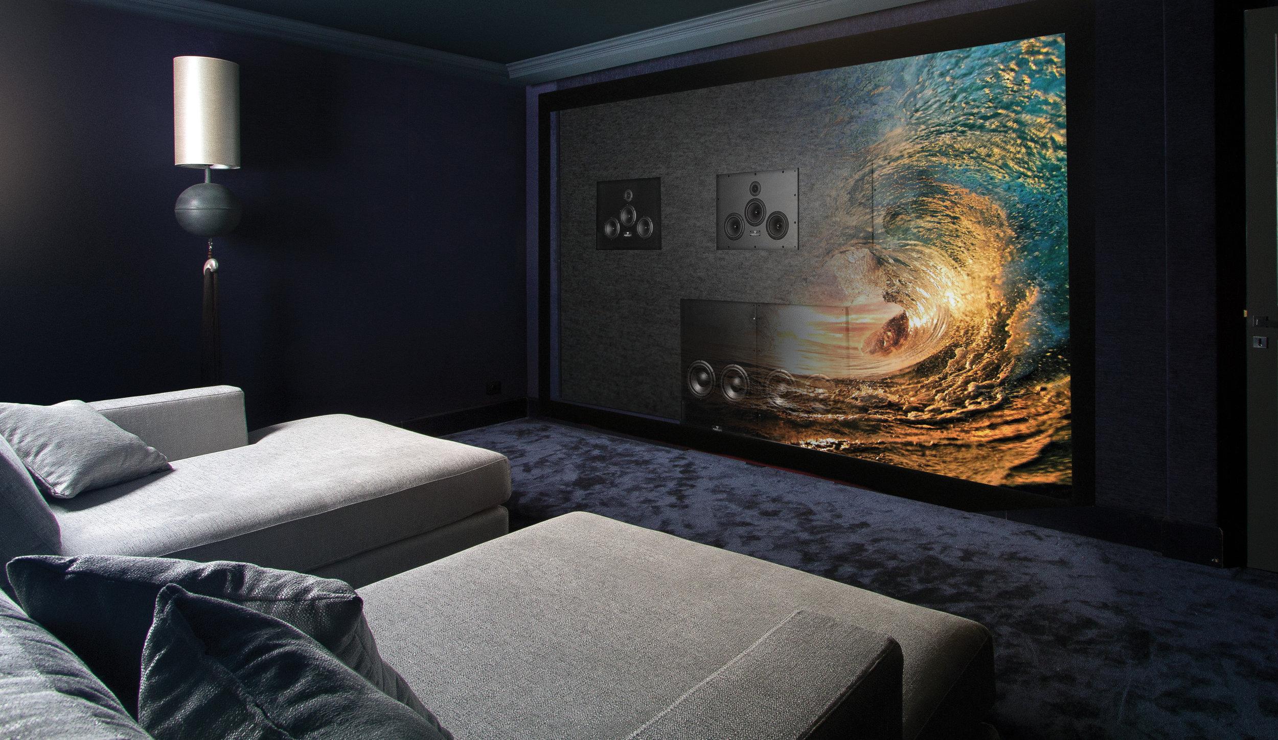 Waterfall_LCR_300_SUB_600_salle_de_cinéma_Grimaud_parution_Grenoble_Cadre_HD_RVB.jpg