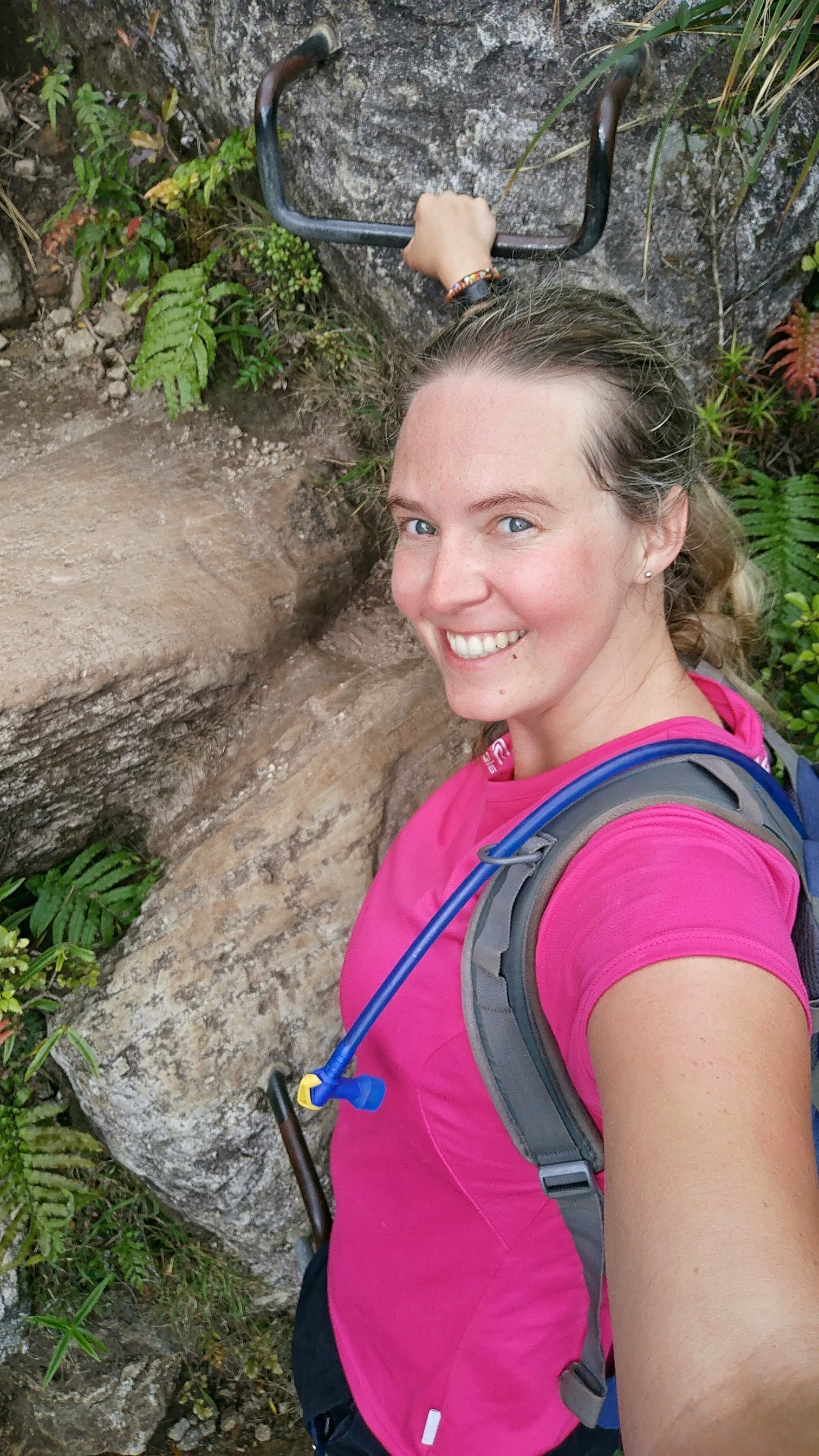 20180101_new_zealand_coromandel_kauaeranga_valley_pinnacles_walk_selfie_alex.jpeg