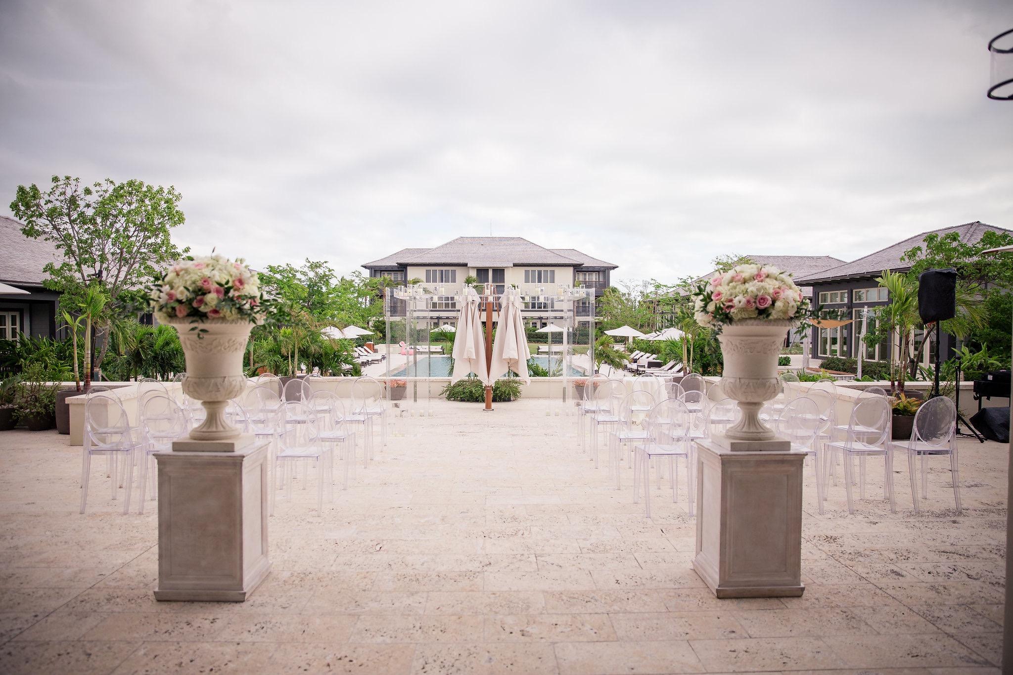 EboniRobyn-Wedding-MeganChris-IslandHouse-15.jpg
