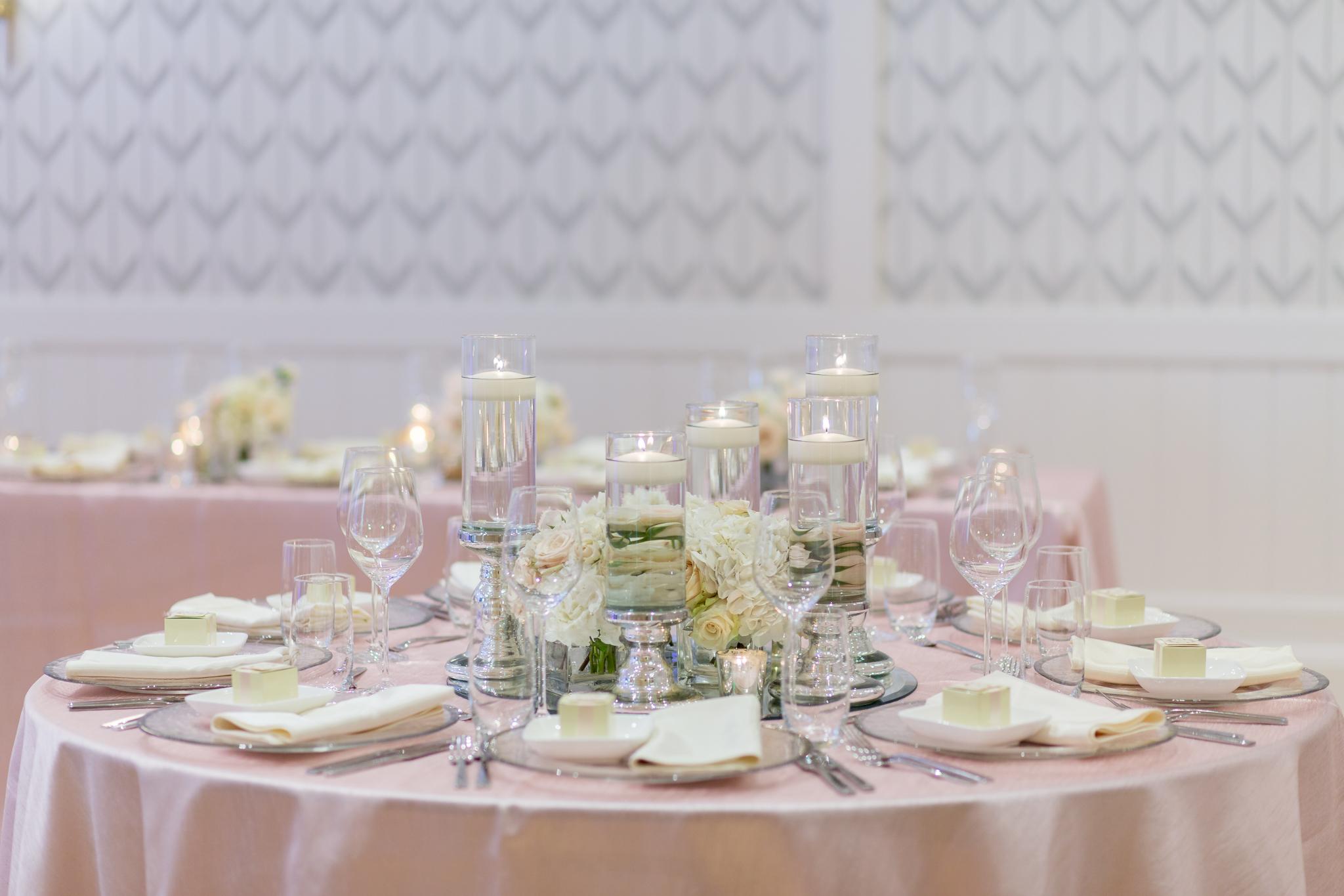 EboniRobyn-Wedding-Wildflowers-IslandHouse-7.jpg